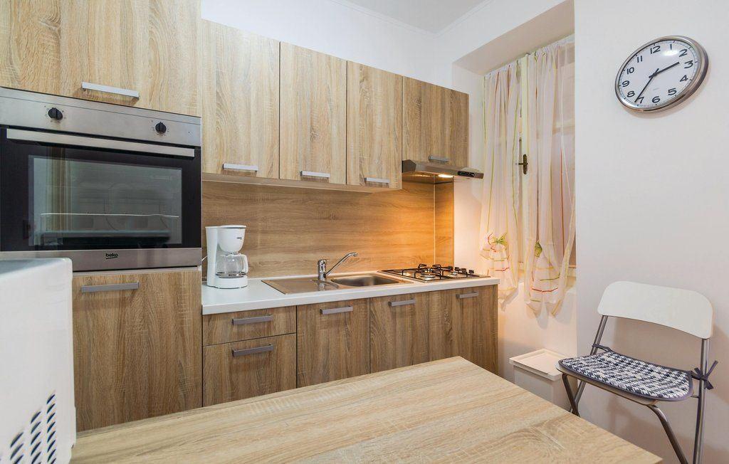 Apartment 158-2 Mirjana